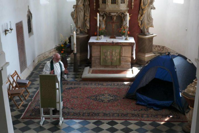 """""""Zeltgottesdienst in der Kirche"""""""